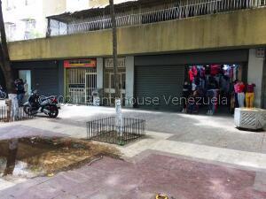 Local Comercial En Ventaen Caracas, Centro, Venezuela, VE RAH: 21-24087