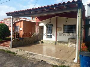 Casa En Ventaen Cabudare, Prados Del Golf, Venezuela, VE RAH: 21-24085