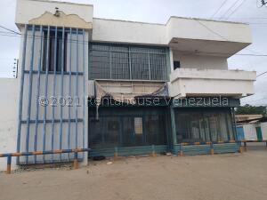 Local Comercial En Ventaen Cabimas, Cumana, Venezuela, VE RAH: 21-24173