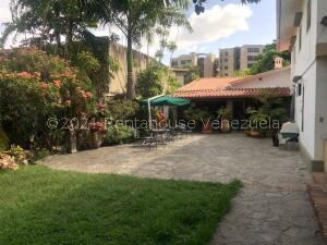 Casa En Ventaen Caracas, La Castellana, Venezuela, VE RAH: 21-24289