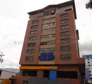 Apartamento En Ventaen Merida, Avenida Las Americas, Venezuela, VE RAH: 21-24277