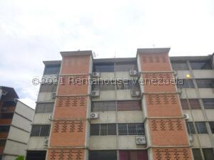 Apartamento En Ventaen Guarenas, Camino Real, Venezuela, VE RAH: 21-24194