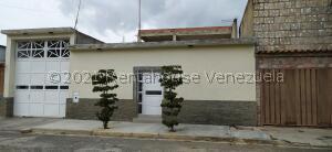 Casa En Ventaen Valencia, Los Caobos, Venezuela, VE RAH: 21-24207