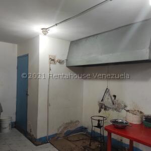Local Comercial En Ventaen Ciudad Ojeda, Bermudez, Venezuela, VE RAH: 21-24216