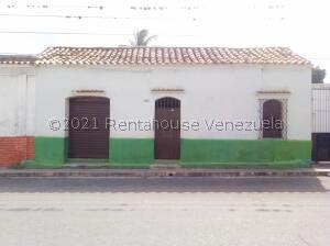 Casa En Ventaen Barquisimeto, Centro, Venezuela, VE RAH: 21-24234