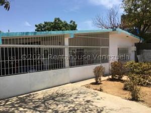 Casa En Ventaen Punto Fijo, Punto Fijo, Venezuela, VE RAH: 21-24240