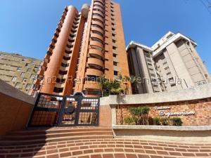 Apartamento En Ventaen Maracaibo, Avenida Bella Vista, Venezuela, VE RAH: 21-24242