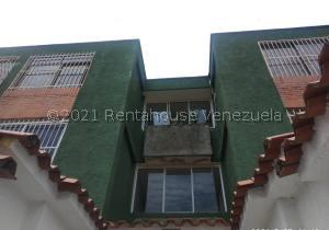 Apartamento En Ventaen Valencia, El Bosque, Venezuela, VE RAH: 21-24397