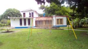 Casa En Ventaen Valencia, Safari Country Club, Venezuela, VE RAH: 21-24317