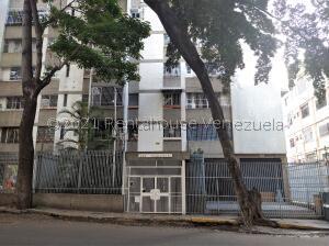 Apartamento En Ventaen Caracas, San Bernardino, Venezuela, VE RAH: 21-24268