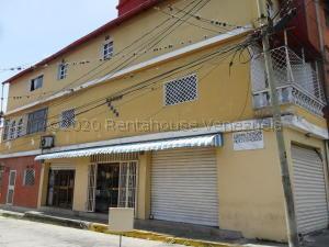 Apartamento En Ventaen Parroquia Carayaca, Sector Cruz Verde, Venezuela, VE RAH: 21-24276