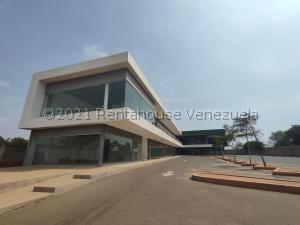 Edificio En Ventaen Municipio San Francisco, San Francisco, Venezuela, VE RAH: 21-24260
