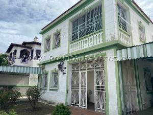 Casa En Ventaen Caracas, El Paraiso, Venezuela, VE RAH: 21-25384