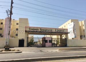 Apartamento En Ventaen Maracaibo, Los Haticos, Venezuela, VE RAH: 21-24360