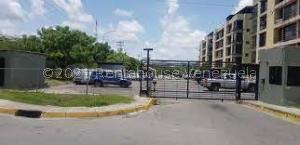Apartamento En Ventaen Guatire, Solanas Del Avila, Venezuela, VE RAH: 21-25736