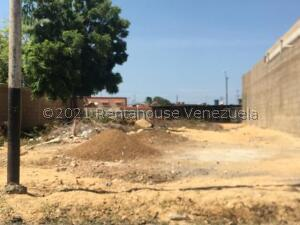 Terreno En Ventaen Punto Fijo, Puerta Maraven, Venezuela, VE RAH: 21-24334