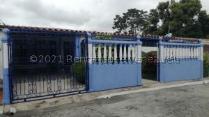 Casa En Ventaen Cabudare, El Recreo, Venezuela, VE RAH: 21-24345