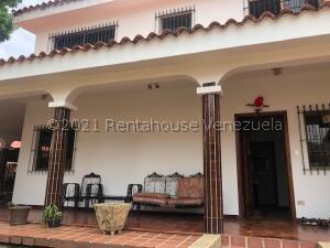 Casa En Ventaen Valencia, Trigal Centro, Venezuela, VE RAH: 21-24359