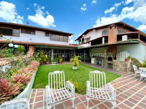 Casa En Ventaen Caracas, Colinas De Santa Monica, Venezuela, VE RAH: 21-24361