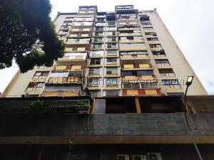 Apartamento En Ventaen Caracas, Parroquia La Candelaria, Venezuela, VE RAH: 21-24389