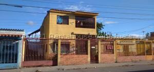 Casa En Ventaen Barquisimeto, Centro, Venezuela, VE RAH: 21-9390