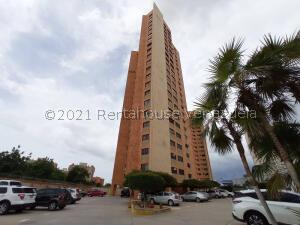 Apartamento En Alquileren Maracaibo, Avenida Bella Vista, Venezuela, VE RAH: 21-24409