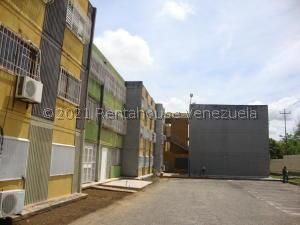 Apartamento En Ventaen Cabudare, La Mora, Venezuela, VE RAH: 21-24444