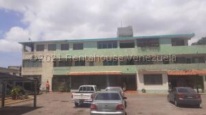Apartamento En Ventaen Maracaibo, Cumbres De Maracaibo, Venezuela, VE RAH: 21-24447