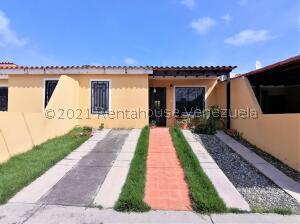 Casa En Ventaen Cabudare, El Amanecer, Venezuela, VE RAH: 21-24457