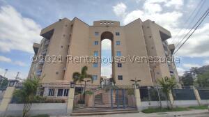 Apartamento En Ventaen Maracay, Las Delicias, Venezuela, VE RAH: 21-24555