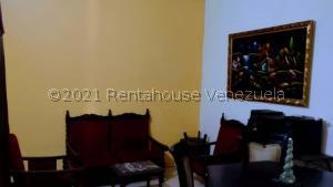 Casa En Ventaen Turmero, El Macaro, Venezuela, VE RAH: 21-25073
