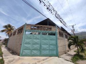 Galpon - Deposito En Ventaen El Consejo, Urbanizacion Las Rosas, Venezuela, VE RAH: 21-24456