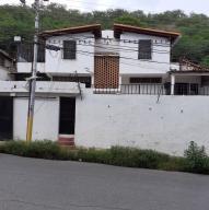 Casa En Alquileren Puerto La Cruz, Sector El Frio, Venezuela, VE RAH: 21-24464
