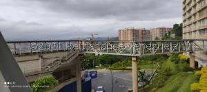 Apartamento En Ventaen Caracas, El Encantado, Venezuela, VE RAH: 21-24480