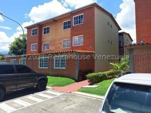 Apartamento En Ventaen Guatire, Alto Grande, Venezuela, VE RAH: 21-24493