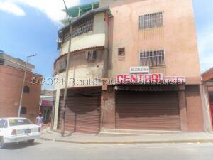Local Comercial En Ventaen Caracas, Baruta, Venezuela, VE RAH: 21-24570
