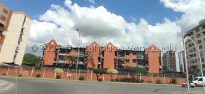 Apartamento En Ventaen Maracay, Base Aragua, Venezuela, VE RAH: 21-24533