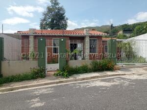 Casa En Ventaen La Victoria, El Recreo, Venezuela, VE RAH: 21-24546