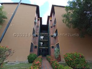 Apartamento En Ventaen Municipio San Diego, Yuma, Venezuela, VE RAH: 21-24561