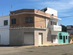 Local Comercial En Ventaen Punto Fijo, Centro, Venezuela, VE RAH: 21-24579