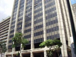 Local Comercial En Ventaen Caracas, La Candelaria, Venezuela, VE RAH: 21-24589