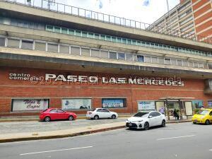 Local Comercial En Ventaen Caracas, Las Mercedes, Venezuela, VE RAH: 21-24591