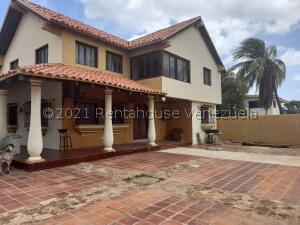 Casa En Ventaen Coro, Parcelamiento Santa Ana, Venezuela, VE RAH: 21-24593