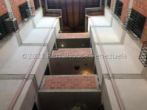 Apartamento En Ventaen Guatire, Las Lomas, Venezuela, VE RAH: 21-24603