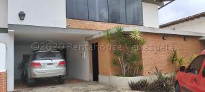 Casa En Ventaen Caracas, Los Naranjos Del Cafetal, Venezuela, VE RAH: 21-24615
