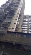 Apartamento En Ventaen Caracas, Parroquia San Jose, Venezuela, VE RAH: 21-24618