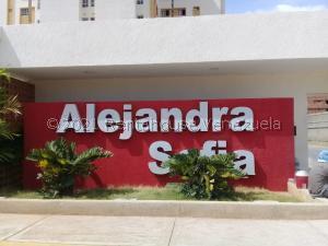 Apartamento En Ventaen Maracaibo, Avenida Goajira, Venezuela, VE RAH: 21-24641
