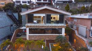 Casa En Ventaen Caracas, Los Naranjos Del Cafetal, Venezuela, VE RAH: 21-24651