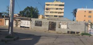 Galpon - Deposito En Ventaen Margarita, Pampatar, Venezuela, VE RAH: 21-24649