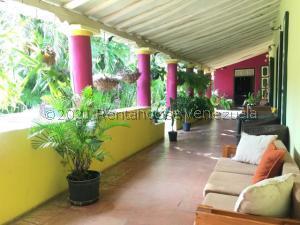Casa En Ventaen Pueblo Nuevo, Pueblo Nuevo, Venezuela, VE RAH: 21-24661